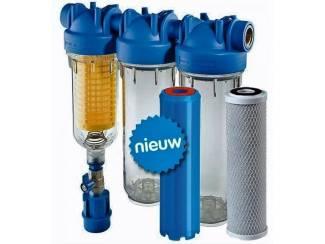 Helder bronwater