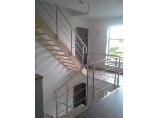 inox leuning op bestaande trappen