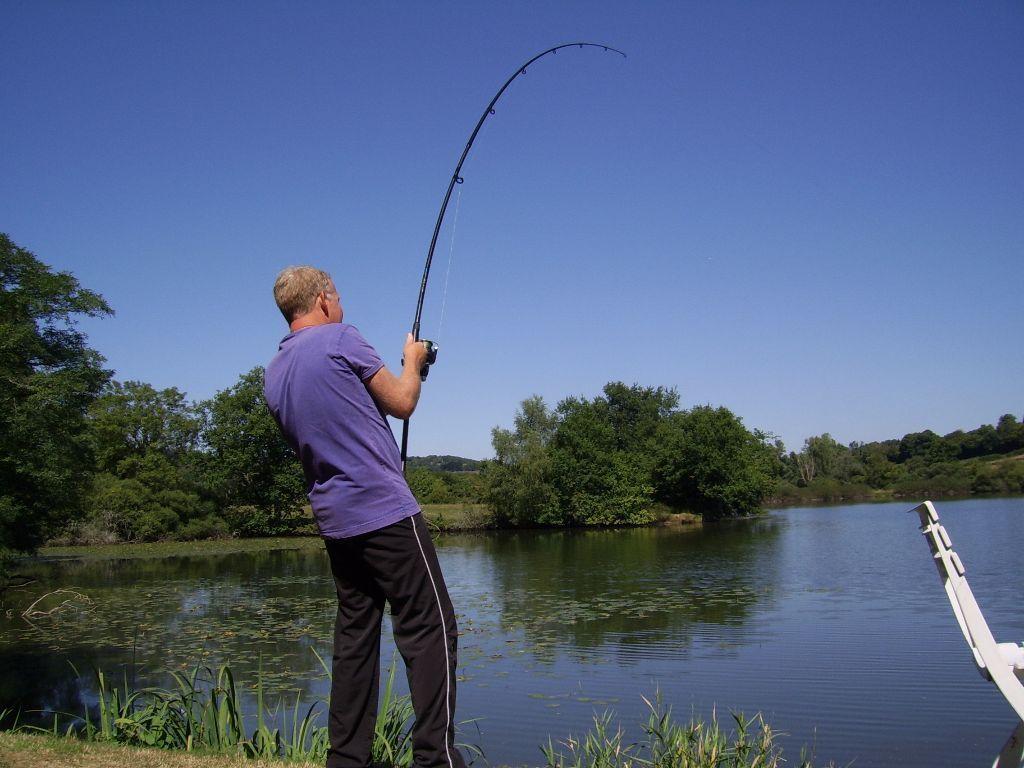 U wilt een leuke visvakantie?! U vindt het op deze site.