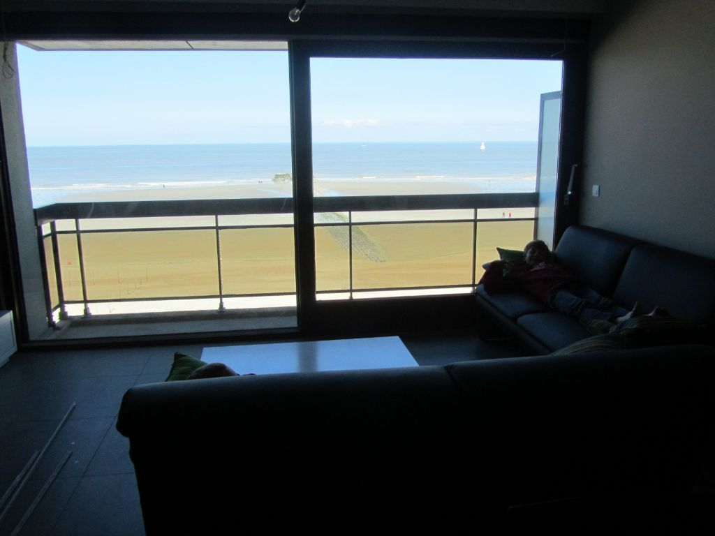Modern appartement op de zeedijk van Westende (6 personen)