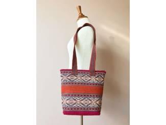Handgemaakte tas uit Peru