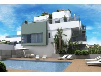 Moderne woningen op loopafstand strand La Marina