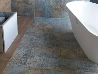 Vloertegels woonkamer carpet vintage 100x100 cm aparici