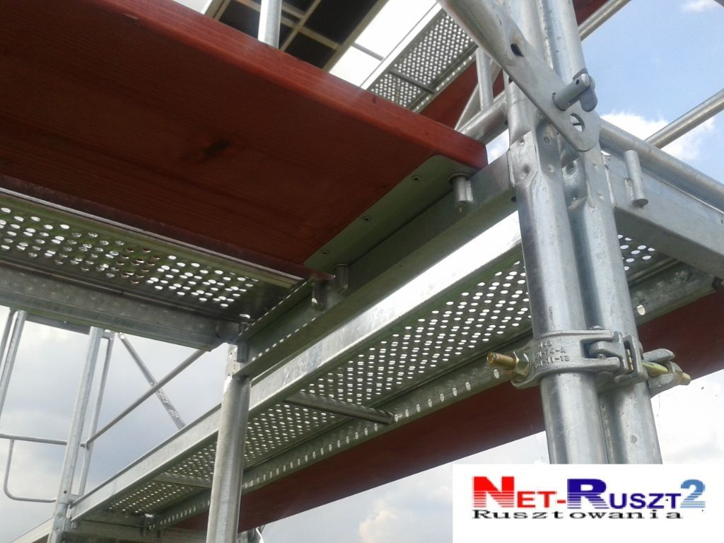 Nieuwe steigers PL70! 765 qm with Woodenplatforms SCAFFOLD