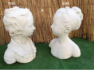 Tuinbeelden en Tuinkabouters borstbeeld jongen en meisje