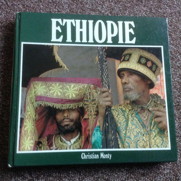 Boek i/h frans geschreven van ethiopie livre écrit en français