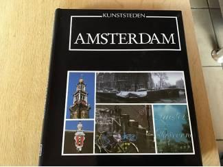 Amsterdam boek ,een historisch prachtig exemplaar ,mooie foto's