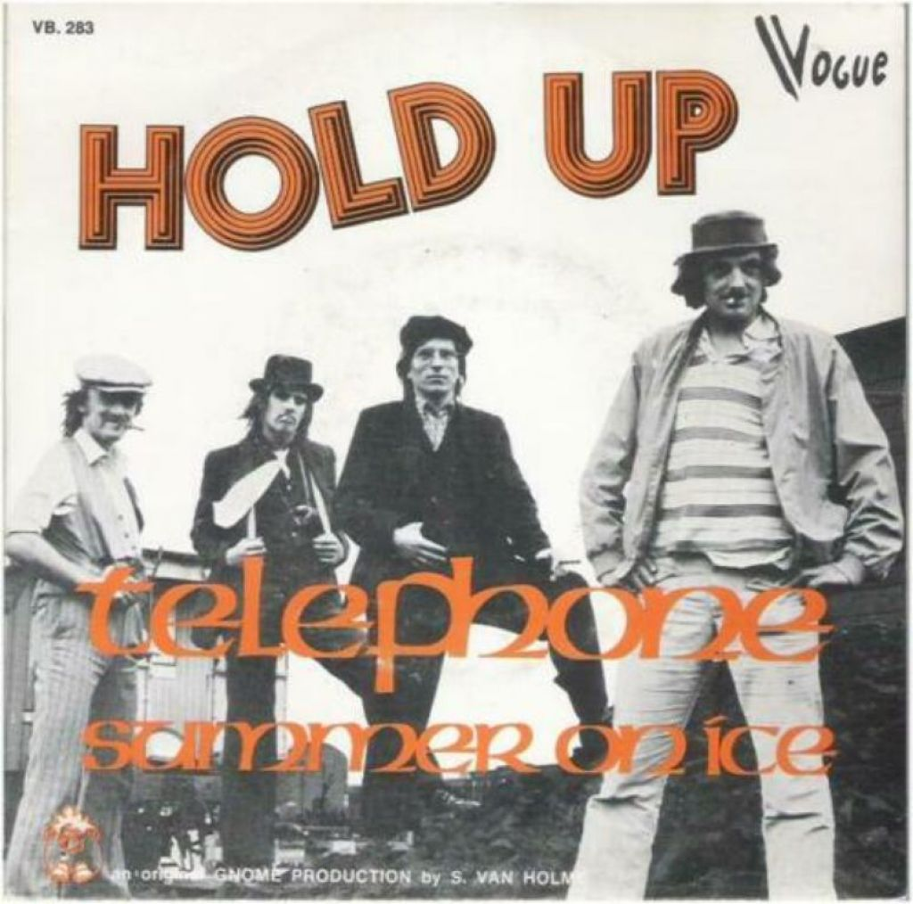 "HOLD UP: ""Telephone"" - BELPOPTOPPER!"