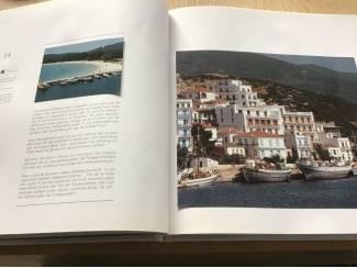 Boek ,De Griekse eilanden prachtige illustraties met grondige tek