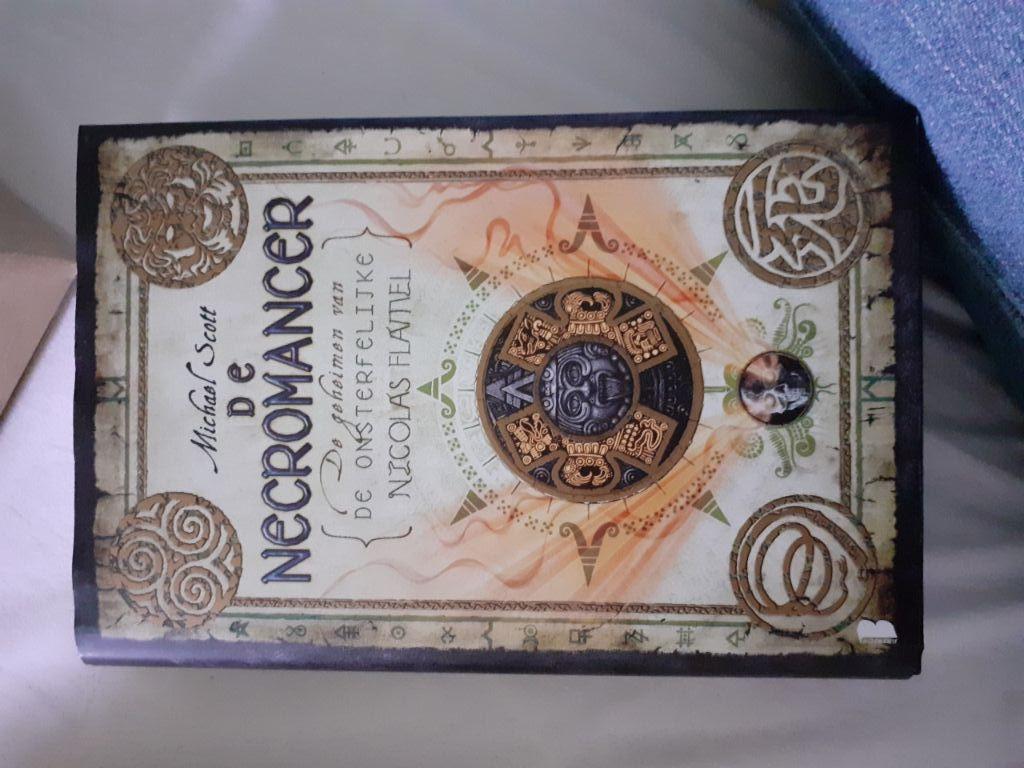 De Alchemist (De geheimen van de onsterfelijke Nicolas Flamel) (M