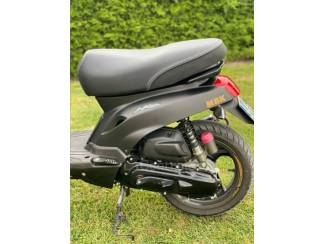 Brommers | Vespa Scooter mbk booster